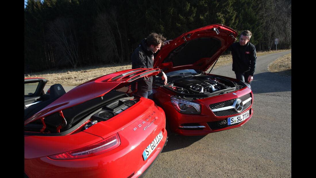 Mercedes SL 500, Porsche 911 Carrera S Cabrio, Motorhaube