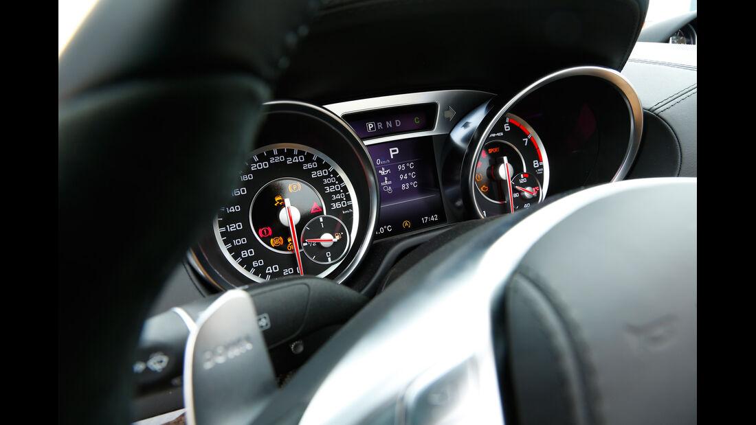 Mercedes SL 65 AMG, Rundinstrumente