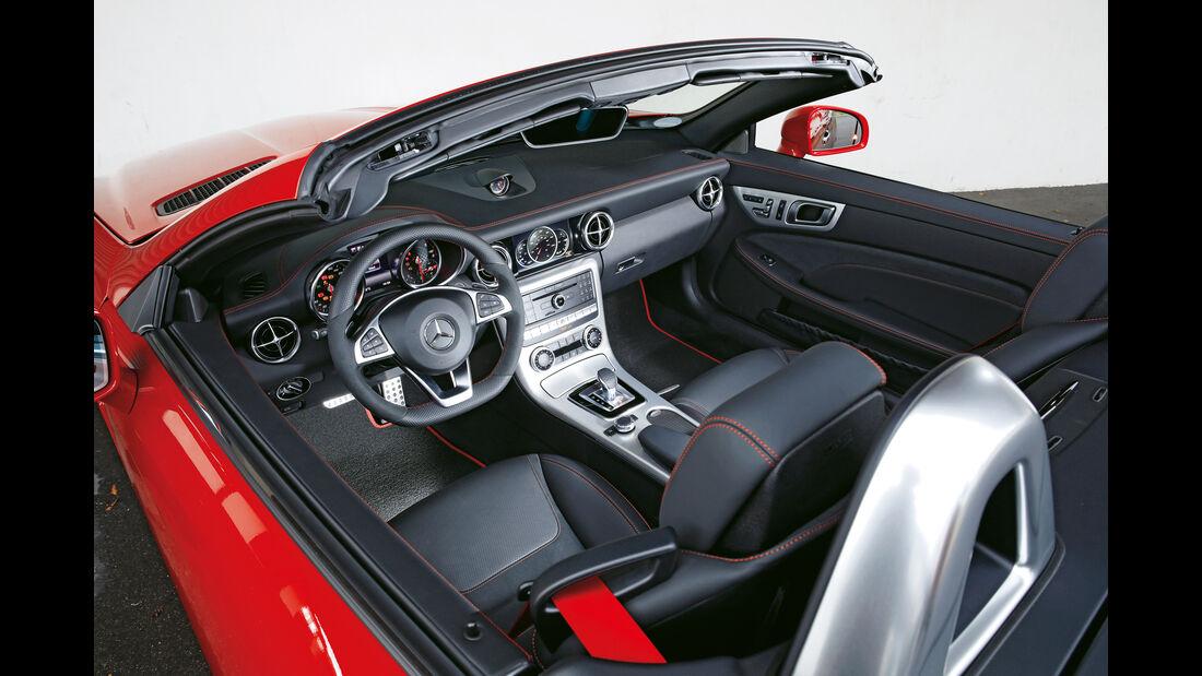 Mercedes SLC 250 d, Cockpit