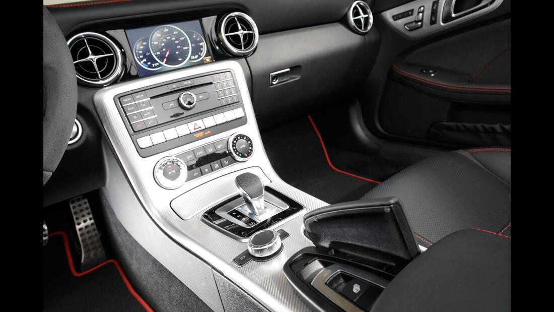 Mercedes SLC 250 d, Mittelkonsole
