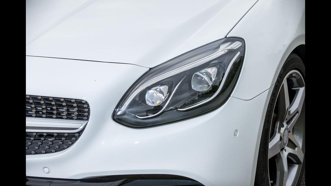 Mercedes SLC 300, Frontscheinwerfer
