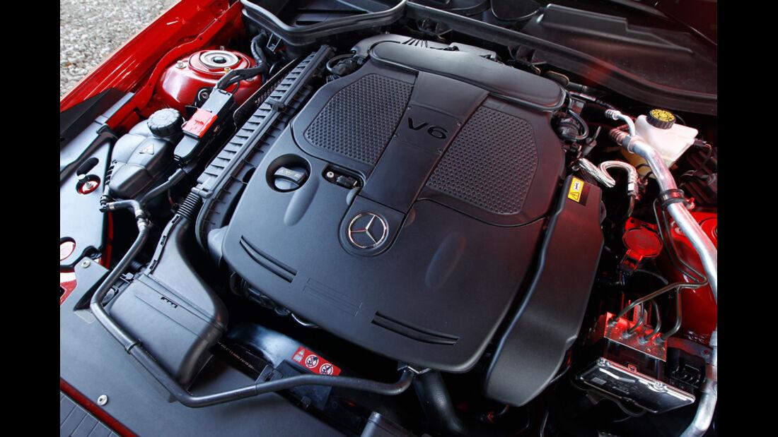 Mercedes SLK BlueEFFICIENCY, Motorraum, Motor