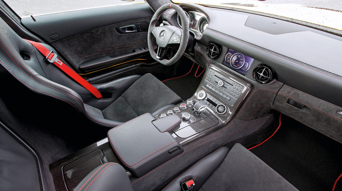 Mercedes SLS AMG Black Series, Cockpit, Innenraum