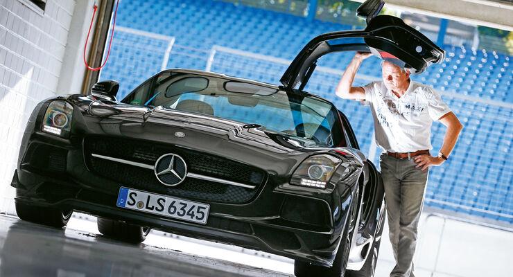 Mercedes SLS AMG Black Series, Frontansicht, Flügeltür