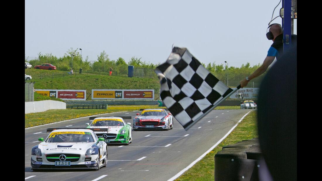Mercedes SLS AMG GT3, Frontansicht, Rennen