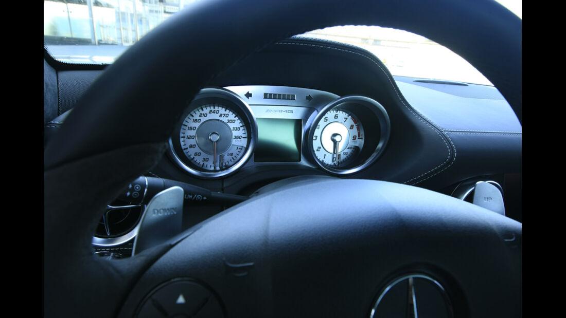Mercedes SLS AMG Instumentenbrett