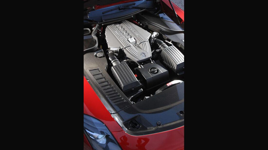 Mercedes SLS AMG Roadster, Motor