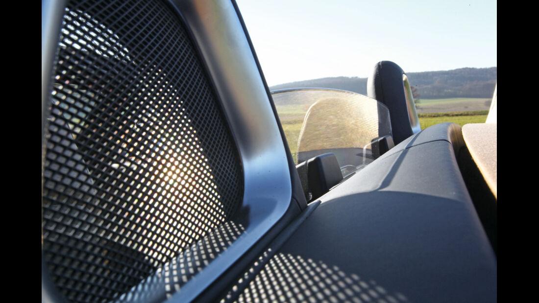 Mercedes SLS AMG Roadster, Windschott