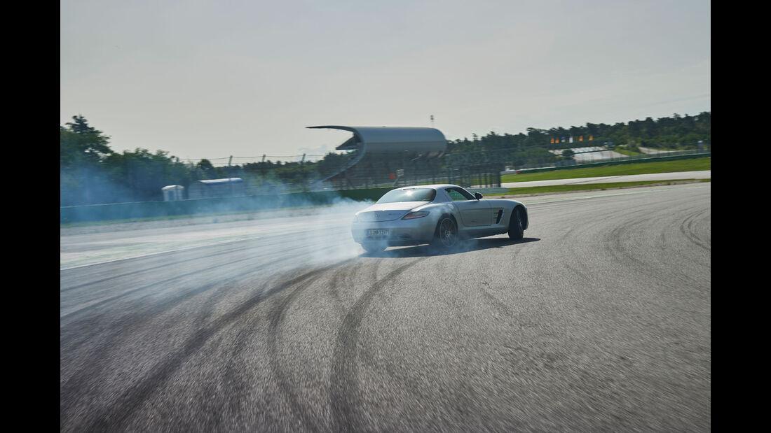 Mercedes SLS AMG - Sportwagen - 50 Jahre AMG