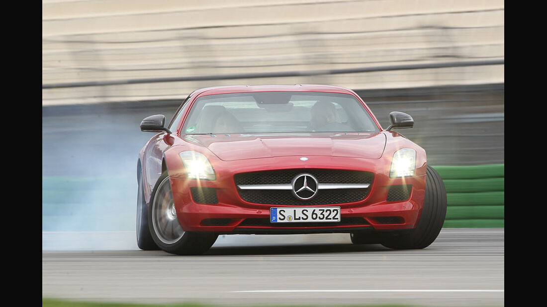 Mercedes SLS AMG