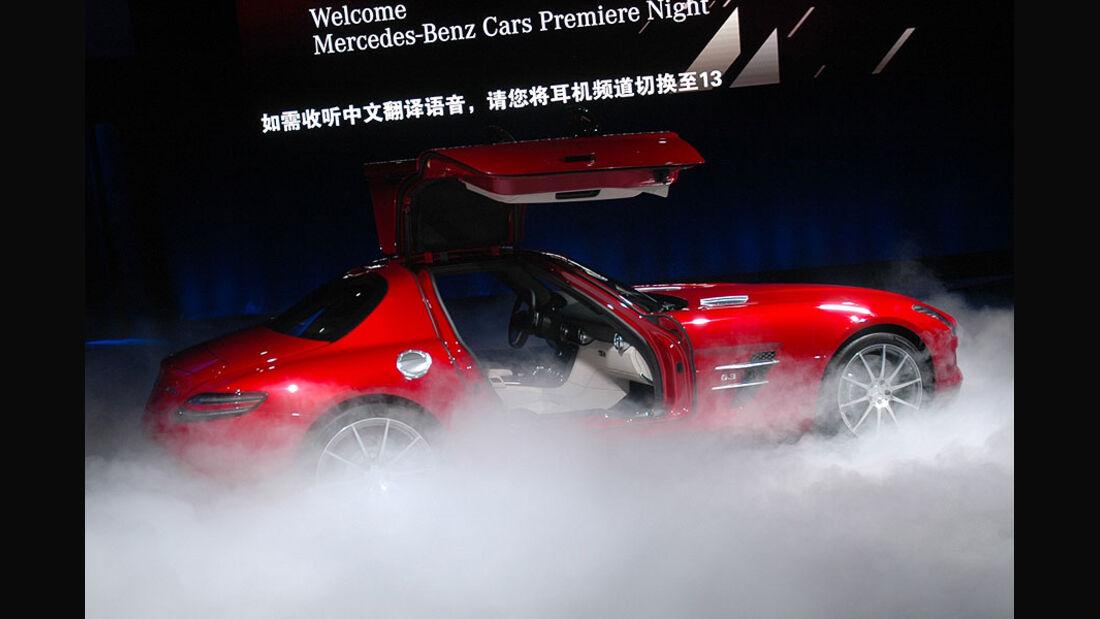 Mercedes SLS AMG auf der Auto China 2010