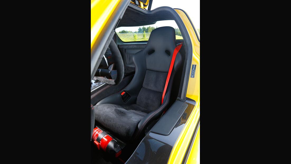 Mercedes SLS Black Series, Fahrersitz