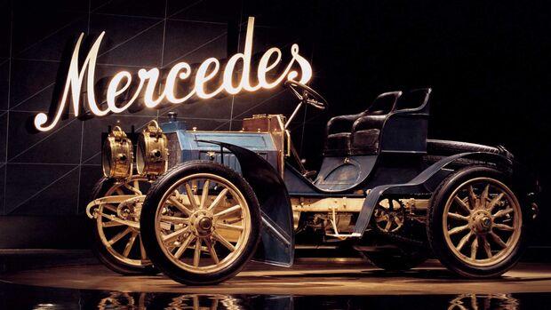 Mercedes Simplex 40 PS (1902) im Mercedes Museum