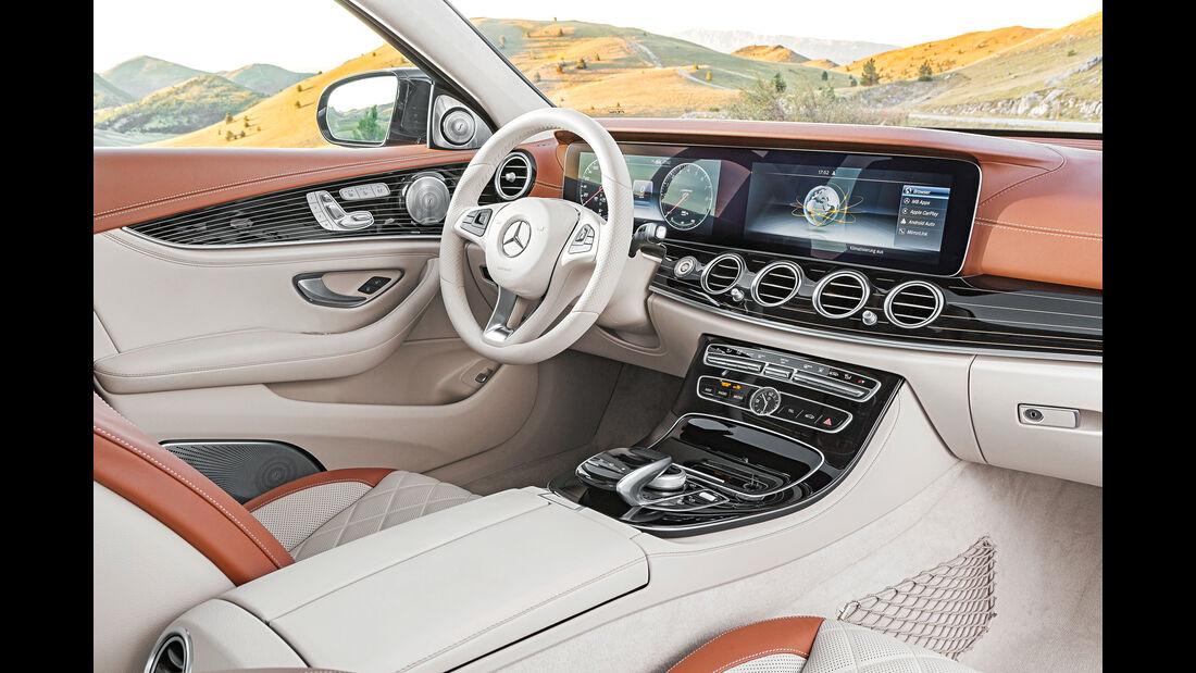Mercedes T-Modell All Terrain, Cockpit