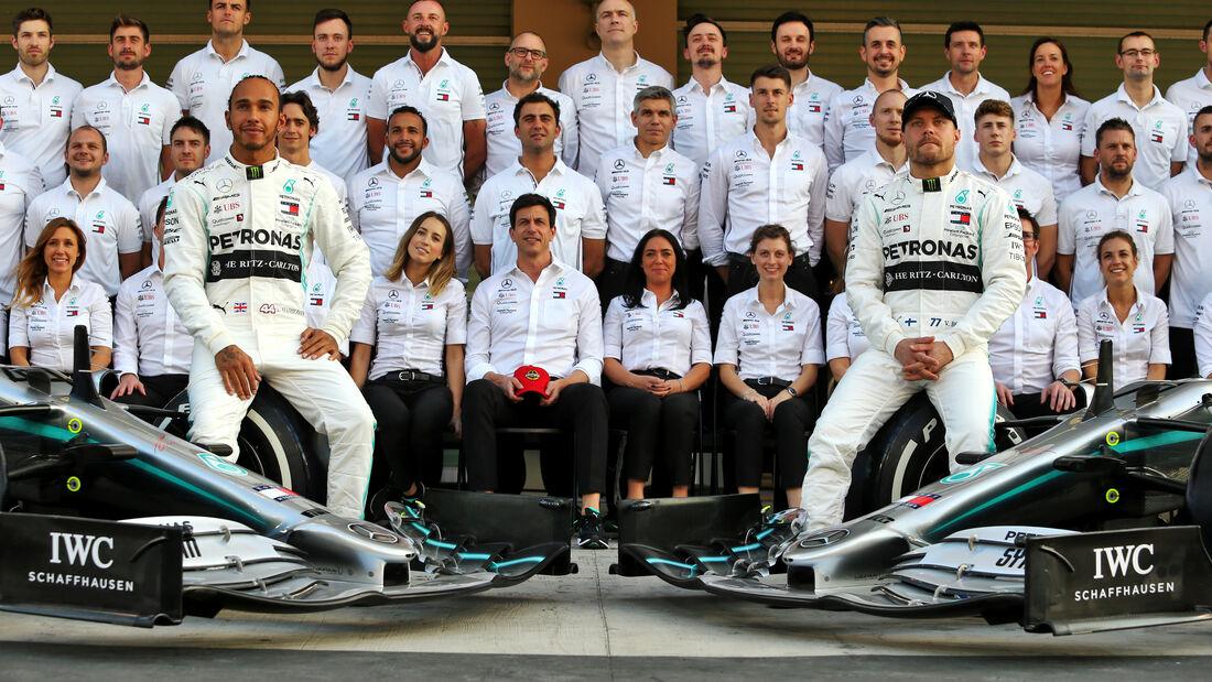 Mercedes - Teamfoto - GP Abu Dhabi - Formel 1 - Donnerstag - 28.11.2019