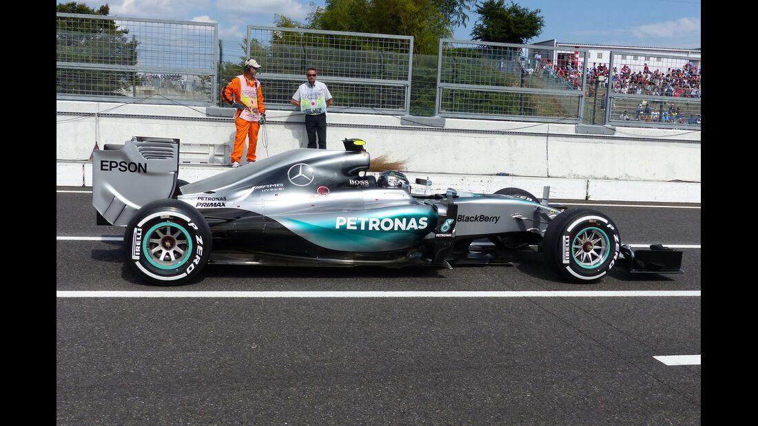 Mercedes - Technik - Unterboden-Schlitze - Formel 1 - 2015