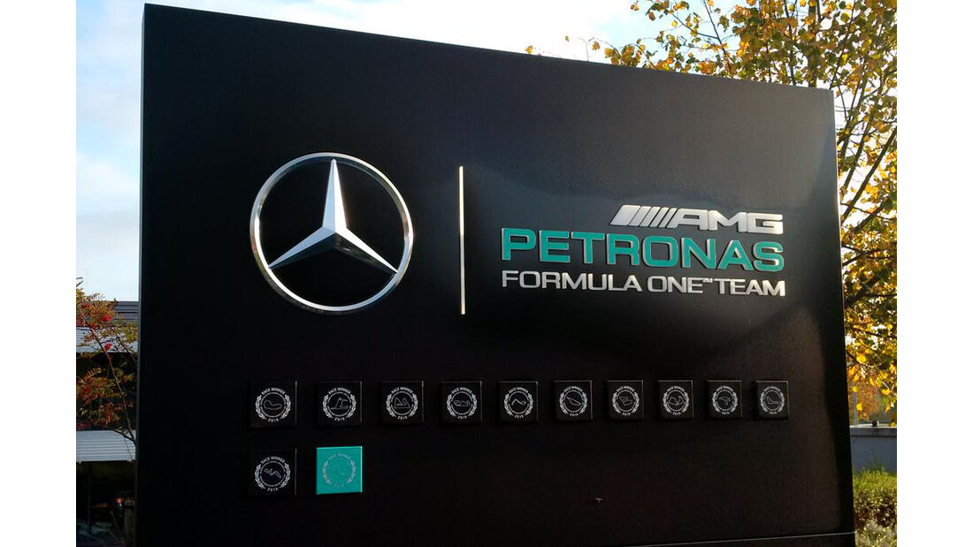 Mercedes Titel-Party 2015