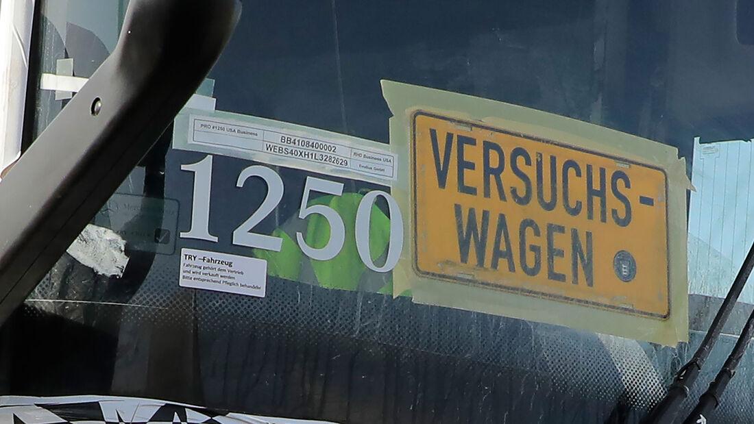 Mercedes Tourismo Reisebus USA Erlkönig