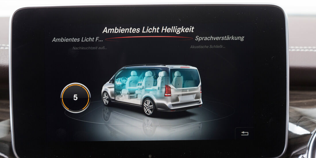 Mercedes V 250 Bluetec, Bordcomputer, Bildschirm