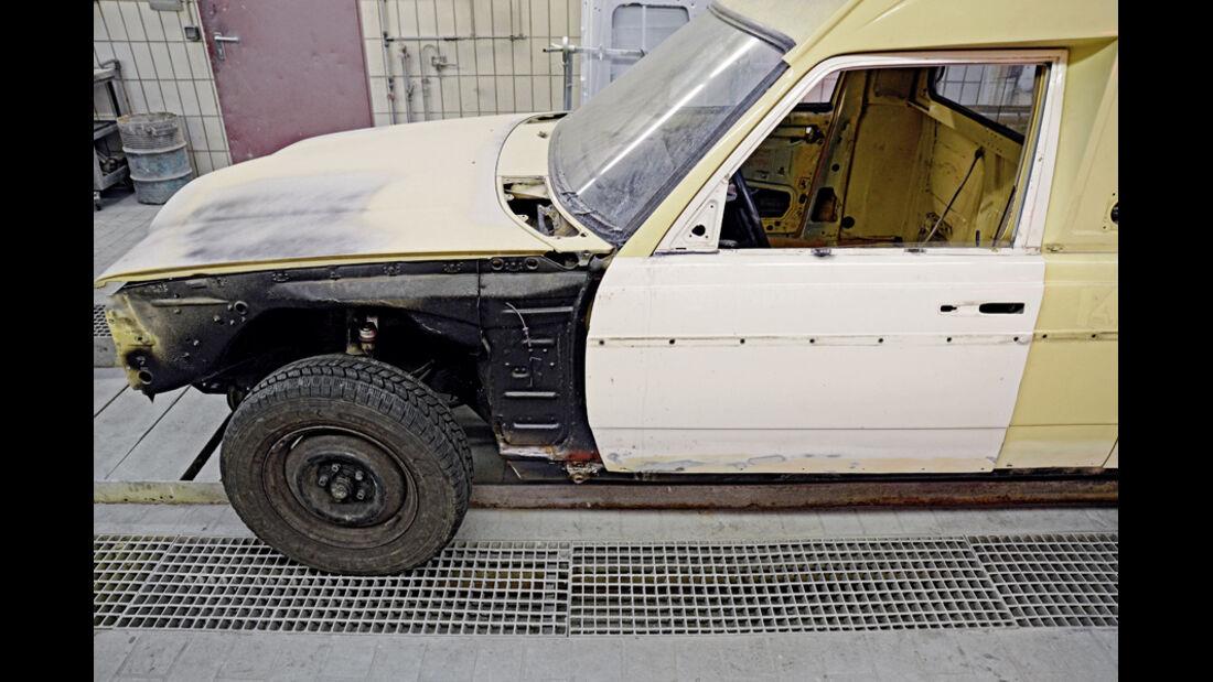 Mercedes VF123 E28 Binz KTW, Vorderrad, Restaurierung