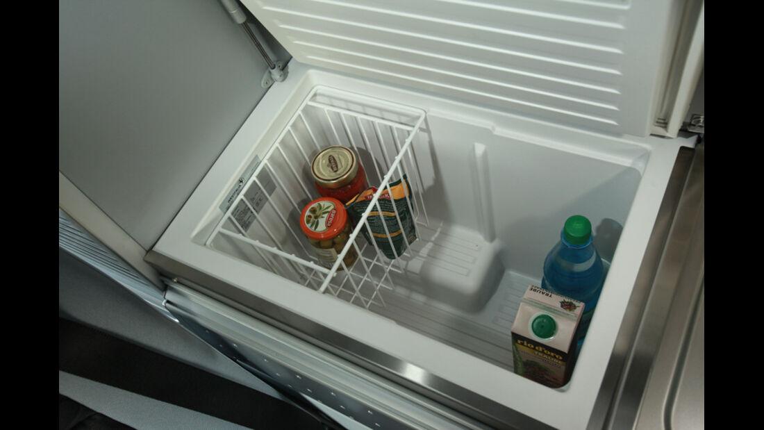 Mercedes Viano Marco Polo, Innenraum, Küche, Kühlschrank, Detail