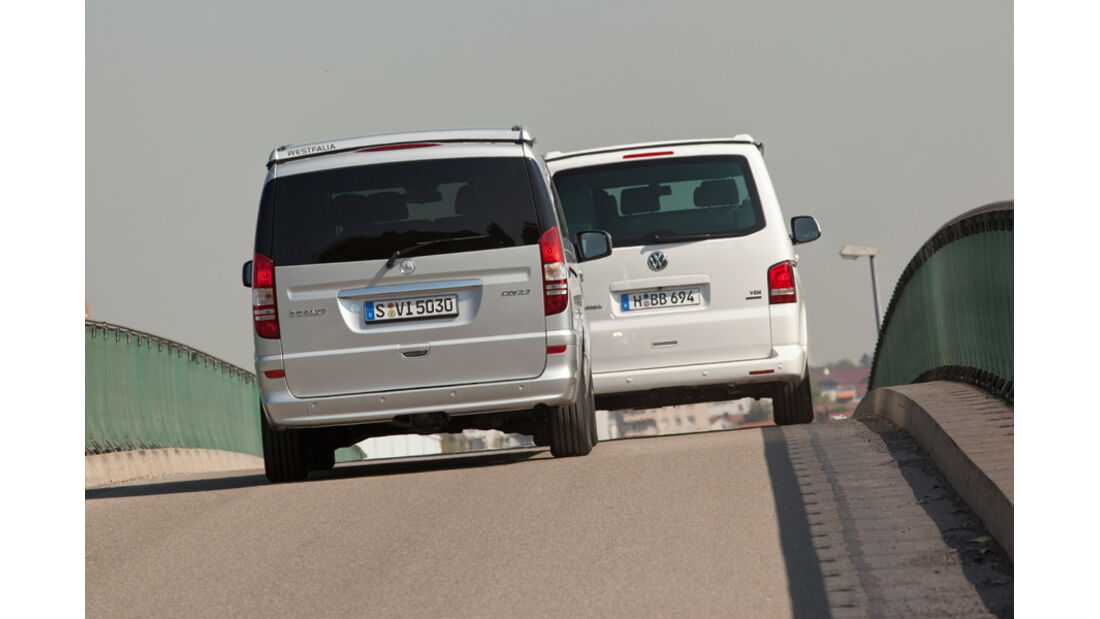 Mercedes Viano Marco Polo, VW T5 California, beide Fahrzeuge, Rückansicht, Heck