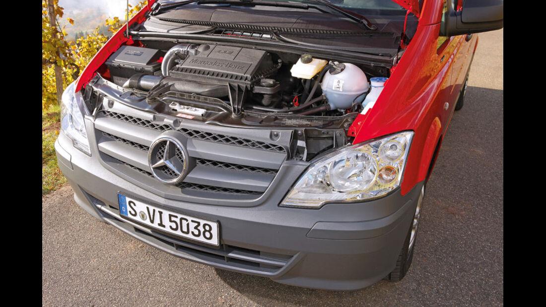 Mercedes Vito Kombi, Innenraum, Cockpit