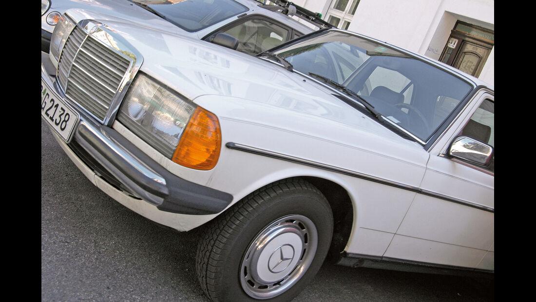 Mercedes W 123, Seitenansicht, Kühlergrill