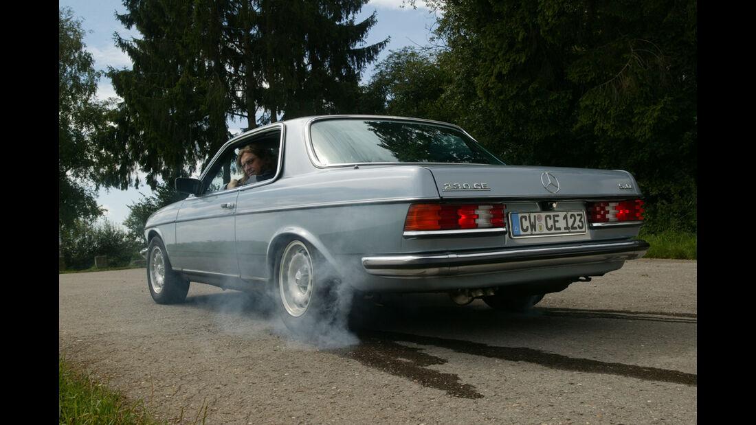 Mercedes W 123 mit Fünfliter-V8
