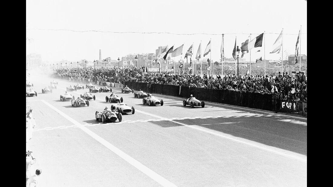 Mercedes W 196 R - Start - Pedralbes 1954