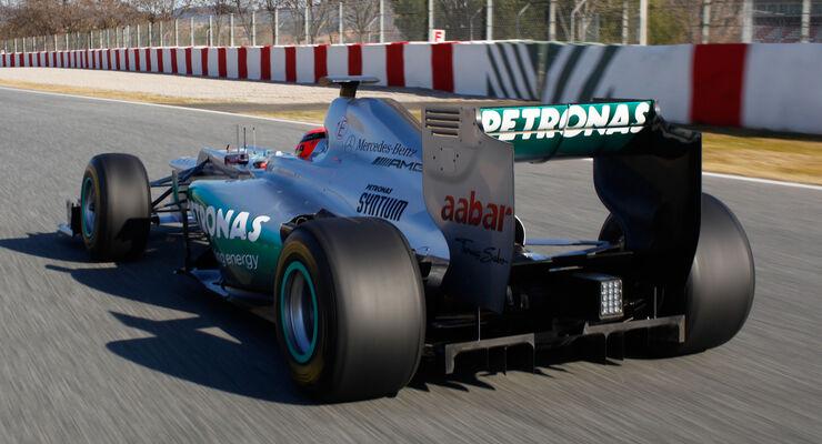 Mercedes W03 F-Schacht Test Barcelona