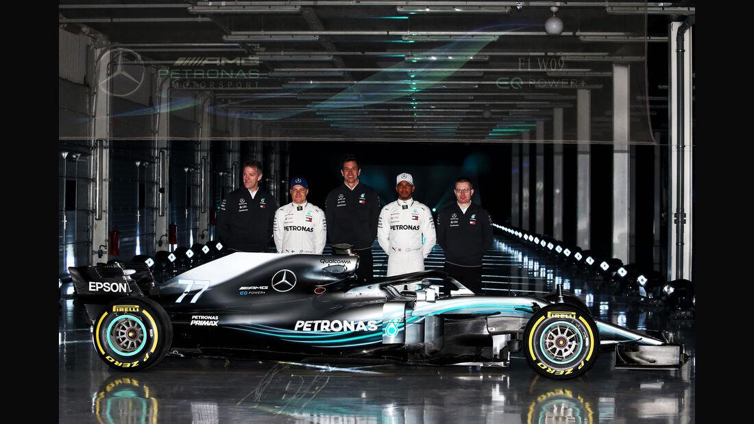Mercedes W09 - Präsentation - Allison - Bottas - Wolff - Hamilton - Cowell