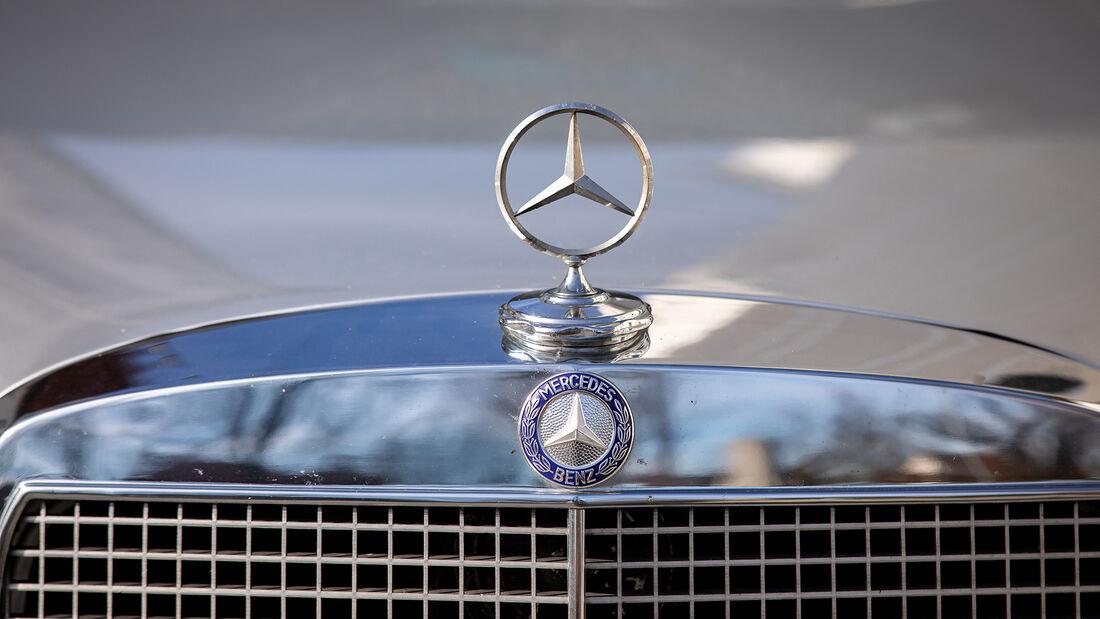 Mercedes W109 300 SEL 3.5, Kühlergrill