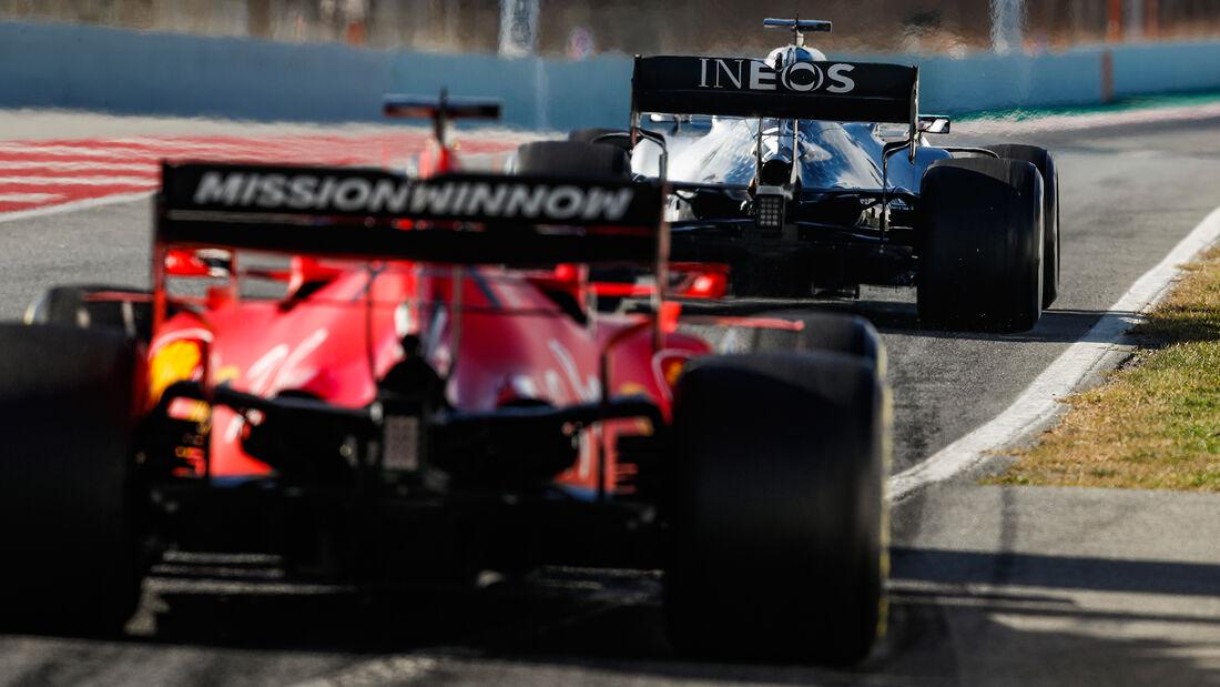 Mercedes W11 - Ferrari SF1000 - Formel 1 - Testfahrten - Barcelona 2020