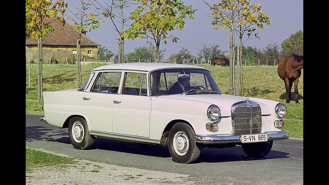 Mercedes, W110