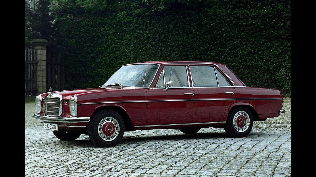 Mercedes W115 Strichachter