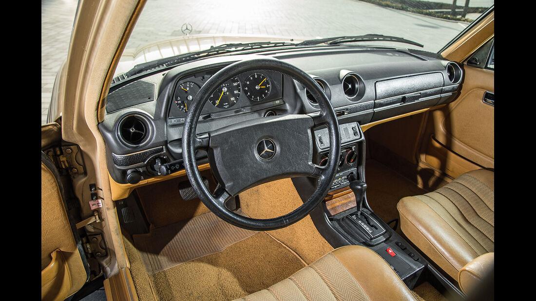 Mercedes W123, Cockpit