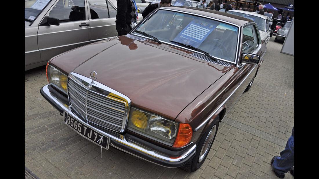 Mercedes W123 - Techno Classica 2011 - Privatmarkt