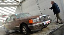 Mercedes W126, 6 Zylinder, Frontansicht, Waschen