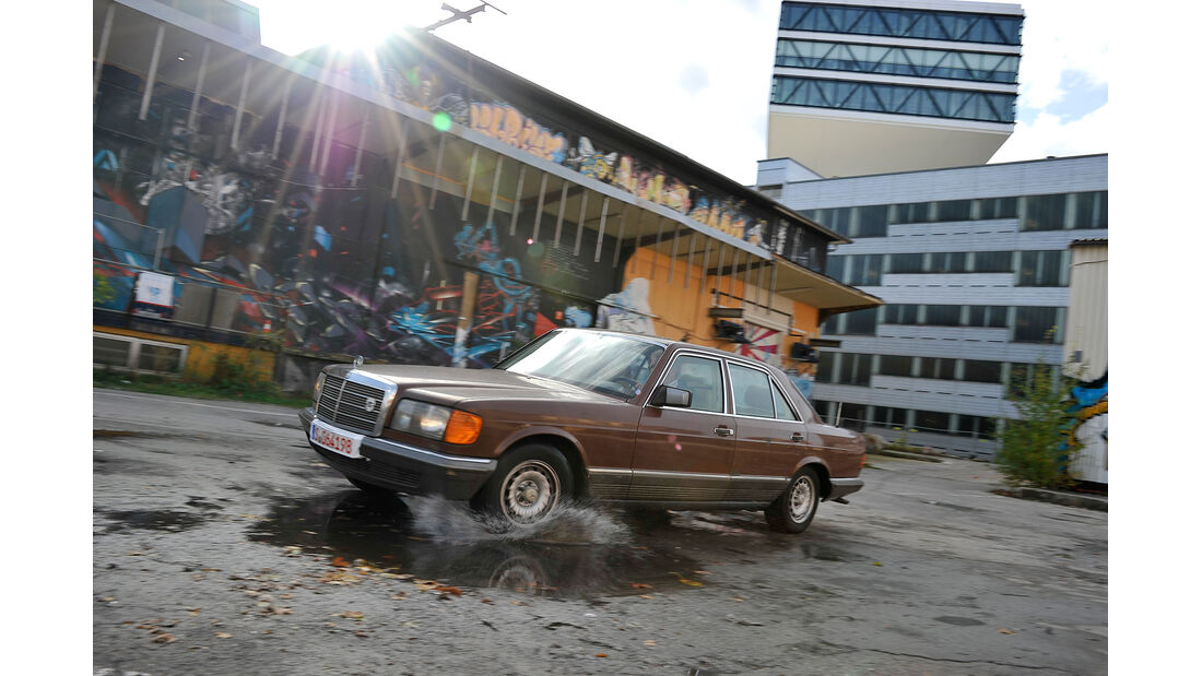 Mercedes W126, 6 Zylinder, Seitenansicht