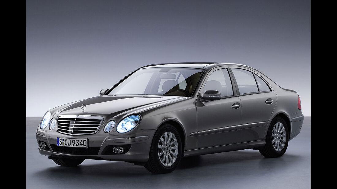 Mercedes, W211