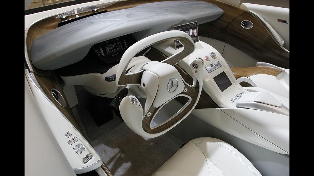 Mercedes-Zukunft, Mercedes-Neuheiten, Mercedes F800, Innenraum, Cockpit