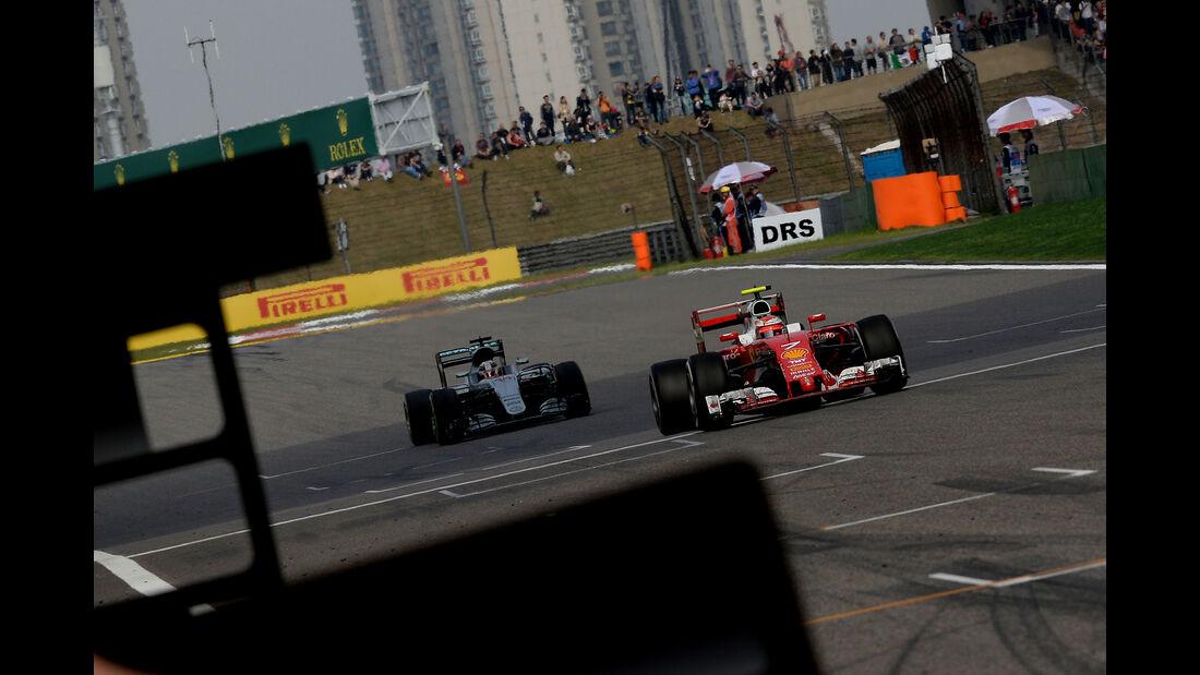 Mercedes vs. Ferrari - GP China 2016