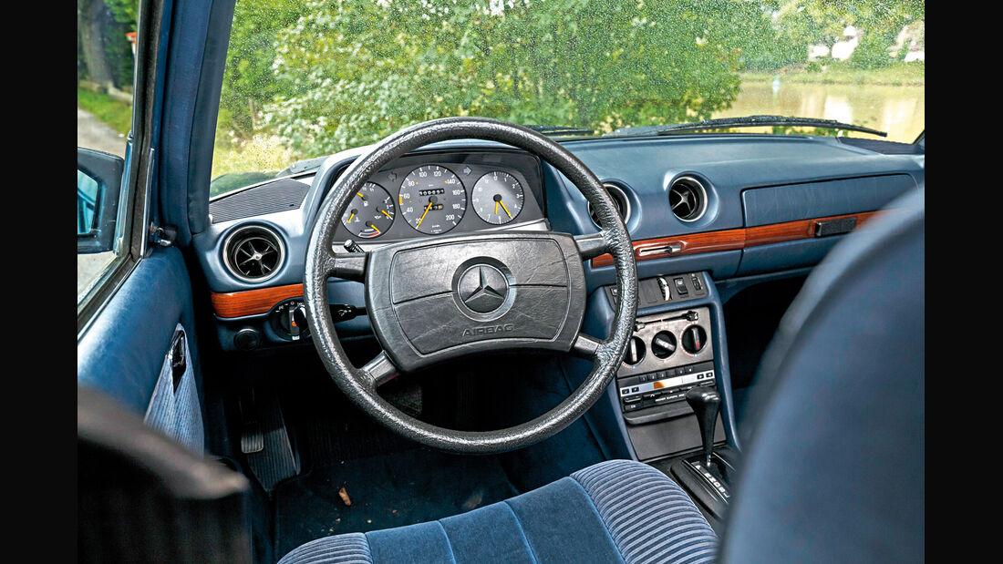 Mercerdes-Benz S123, Cockpit