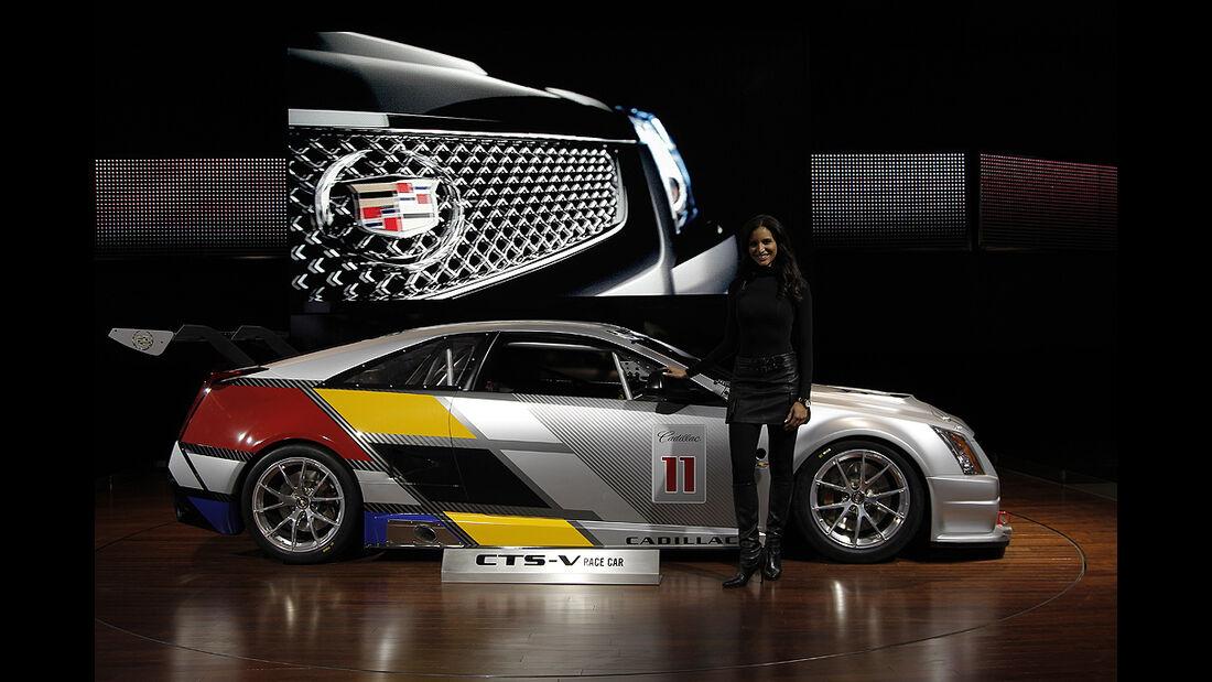 Messerundgang Detroit Motor Show 2011, Cadillac CTS-V Coupé