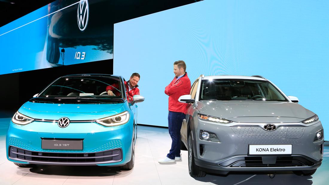 Messevergleich VW ID.3 gegen Hyundai Kona Elektro
