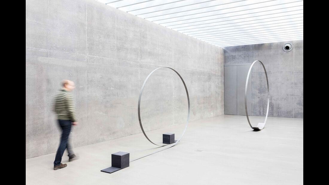 Michael Danner, Laufender Kreis, bewegt, 2015 und Großer Kreis, bewegt, 2015