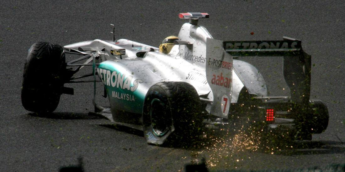 Michael Schumacher GP Belgien Crashs 2011