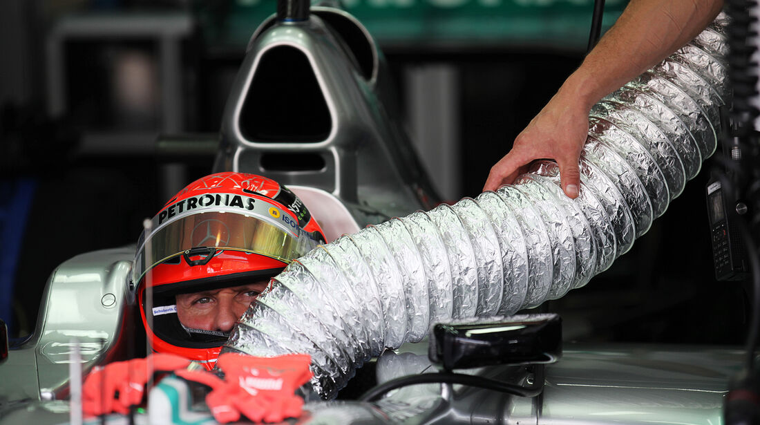 Michael Schumacher - Mercedes - GP Malaysia - Training - 23. März 2012