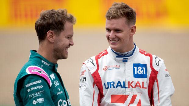 Mick Schumacher & Sebastian Vettel - GP England 2021